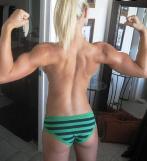 girl-flexing-bare-back-1.jpg